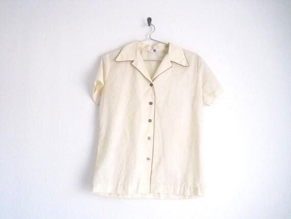 sale /// 1960s shirt // cream button down shirt
