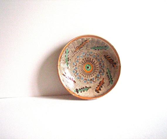 Vintage HOREZU Romanian Ceramic Plate signed Mischiu FOLK ART