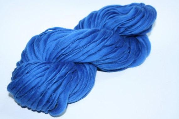 TTS Handspun Thick and Thin Slub Yarn Blue 04