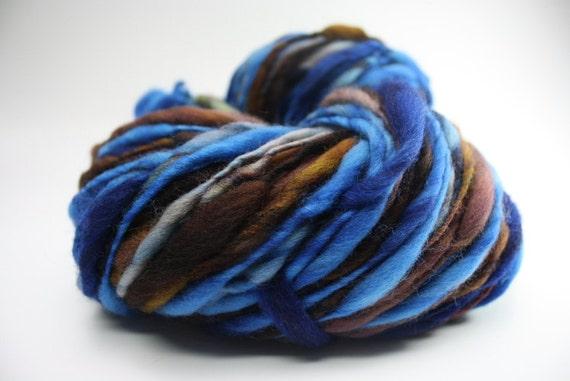 Thick and Thin Yarn Slub tts Merino Handspun Hand dyed Self Striping xxlr 16a