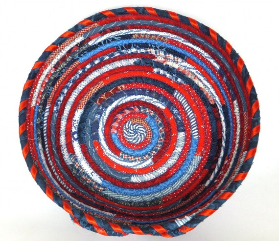 Medium Round Coiled Fabric Bowl - Independence Red, White, and Blue