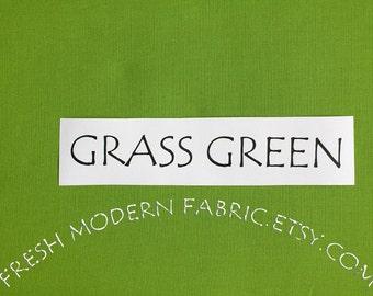 One Yard Grass Green Kona Cotton Solid Fabric from Robert Kaufman, K001-1703