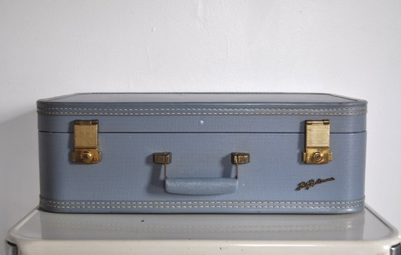 Lady Balitmore Suitcase - Dusty Blue Vintage Luggage