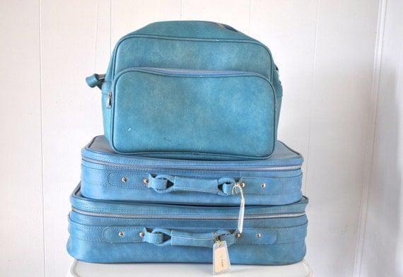 Blue Suitcase Set