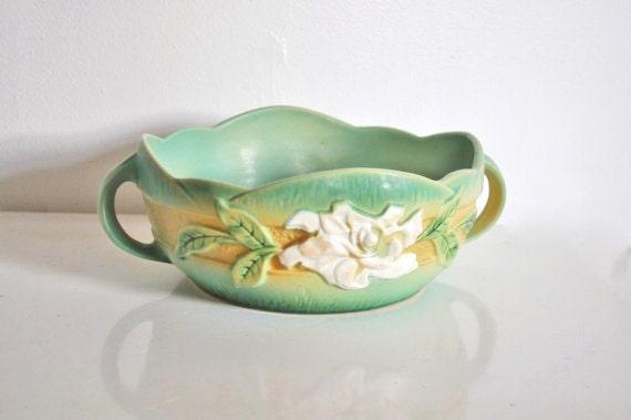 Roseville Pottery Gardenia Bowl