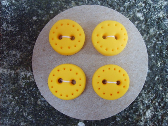 Handmade Buttons set of 4--Yellow with dotted edge -- HALF OFF