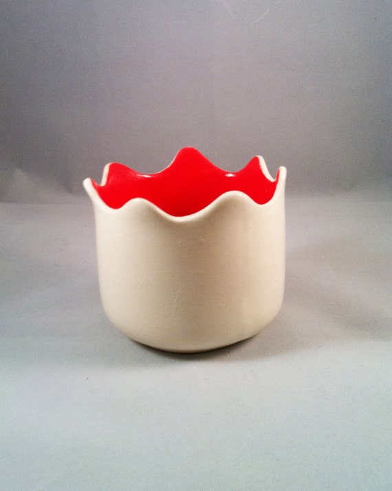 Red and White Tulip Vase or Cup Ceramic Pottery