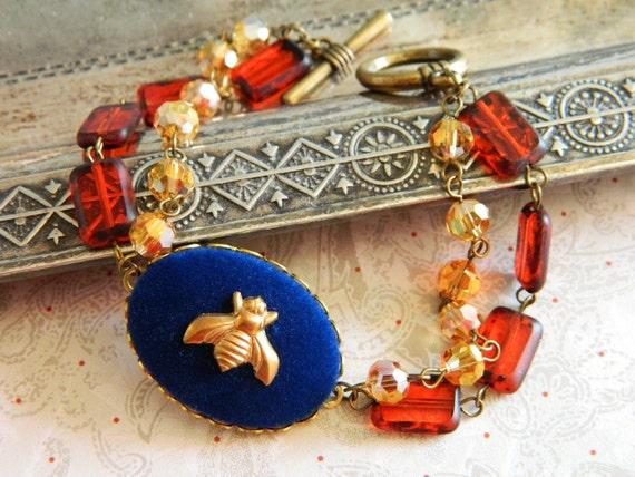 Bracelet Vintage Blue Velvet Amber & Gold - Queen Bee of the French Festival