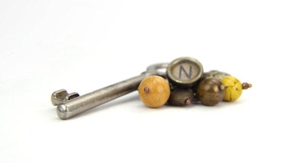 Vintage Skeleton Key, Typewriter Key Key Chain, Letter N