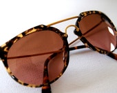 RESERVED FOR IVONNAB.....Vintage 80s Serengeti Tortoise and Gold Sunglasses with Glass Photochromic Lens