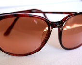 Reserved for tinekatrine.....Large 80s Vintage Serengeti Sunglasses with Photochromic Lens