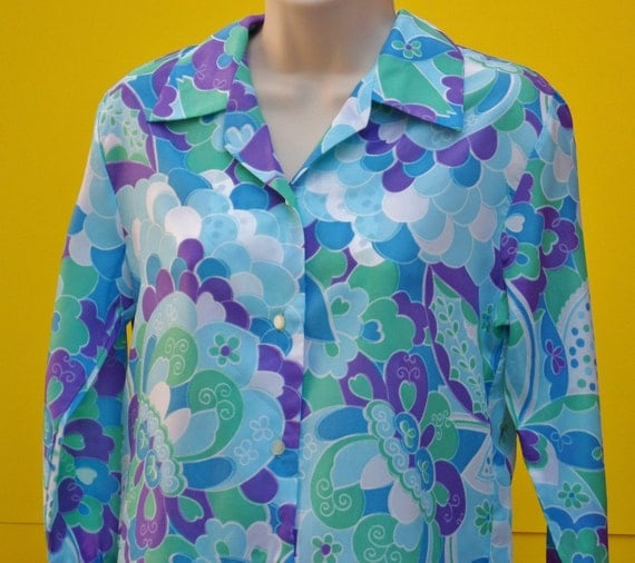 SALE Zany Vintage Blouse with Op Art Pattern M