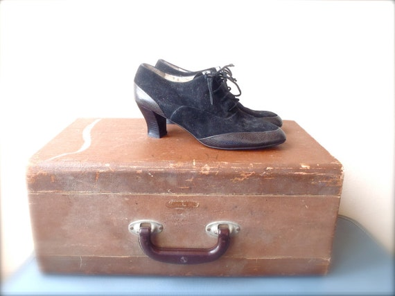 Vintage Ankle Boots / Black Leather Boots / Womens Size 10