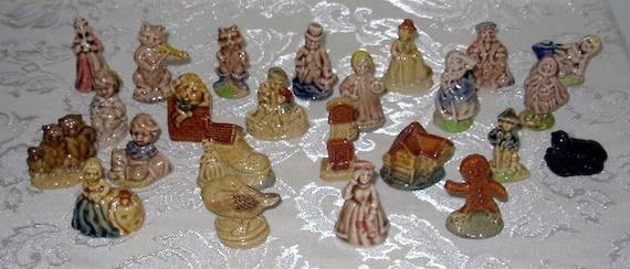 24 Wade Tea Figurines Wade England Nursery Rhyme Tea