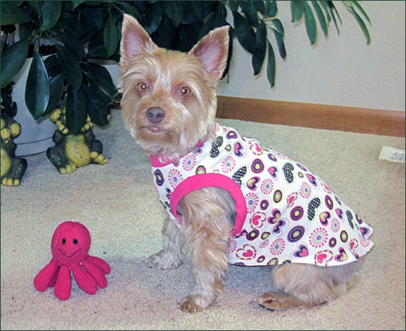 Colorful Hearts Sleeveless Dog T-shirt