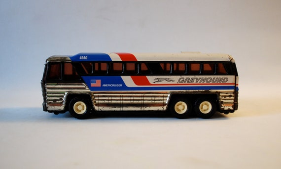 Greyhound Americruiser Tin Bus Buddy L
