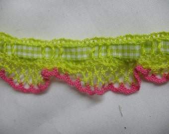 2 Yard STRETCHY  CROCHET  LACE and plaid ribbon insert