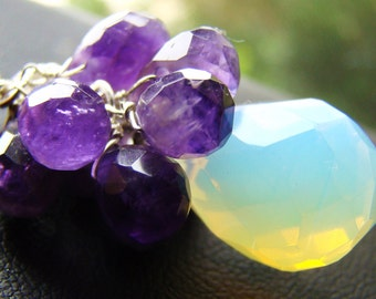 Sale 40% off Necklace Opaline Moonstone Amethyst. Free lenght upgrade