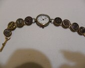 ANTIQUE BUTTON WATCH 1890  original tint picture buttons flowersmetal mirrorbacks gold