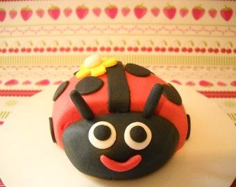 Ladybug Edible Cake Topper