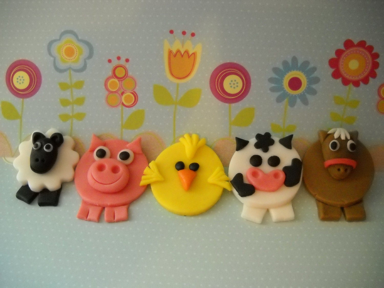 24 Barn Yard Friends Edible Farm Animals Toppers For Cakes