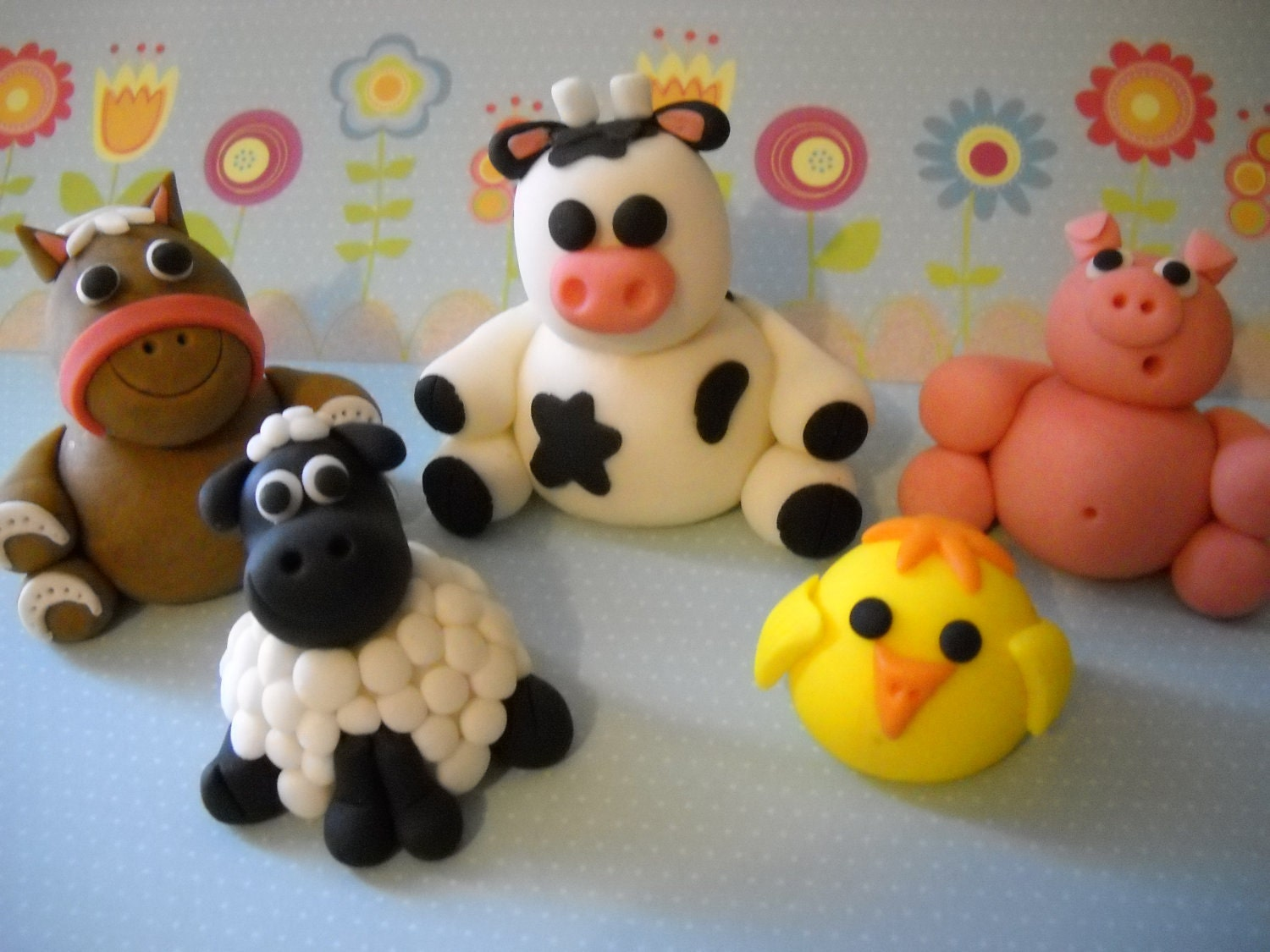 Barn yard friends edible farm animals cake topper set of 5 for Animals decoration