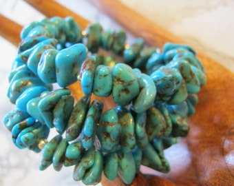 Turquoise Chips Gemstone Wire Bracelet