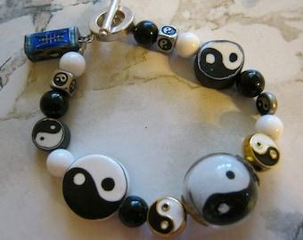 Ying Yang Black and White Bracelet