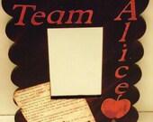 "Twilight inspired ""Team Alice"" mirror"