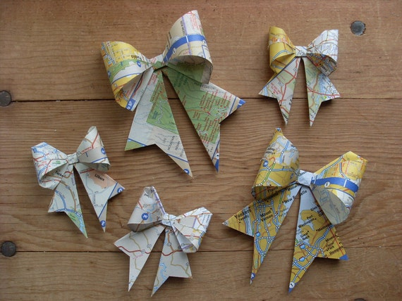 Gift Bows, Old US Atlas, set of 5. Upcycled Map, Gift Wrap, Paper Bows, Old Maps.