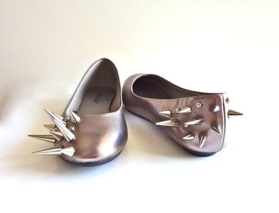 Asymmetrical Spiked Ballet Flats - Metallic Pewter