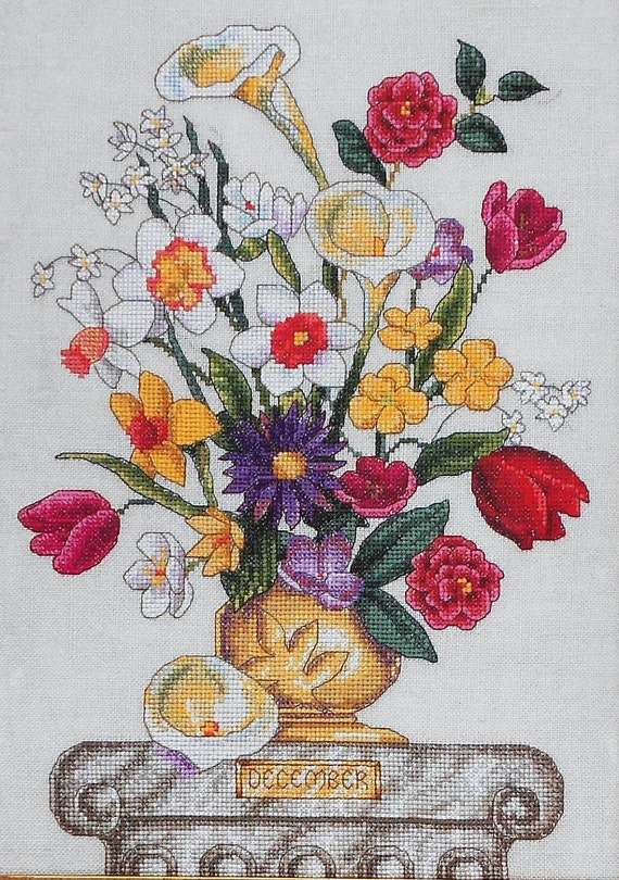 Marie Barber FLOWER OF The MONTH December - Counted Cross Stitch Pattern Chart - By Just Cross Stitch