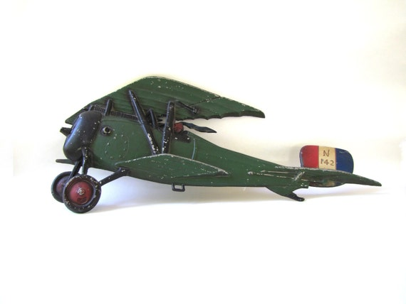 vintage cast iron airplane - SEXTON - 1960s - wall hanging