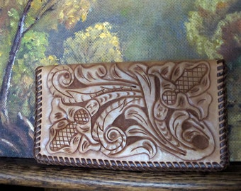 SALE 1960s / 1970s Wallet / Check Purse Compact TOOLED LEATHER Brown & Tan Rustic Vintage Un-Used