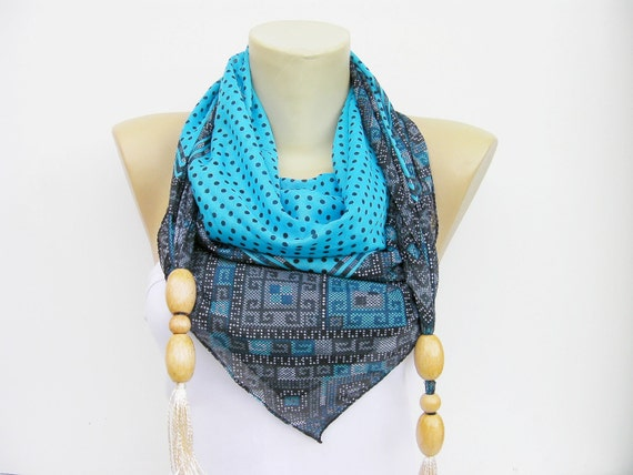 Scarf,square made to triangel scarf with beads and tassels in blue