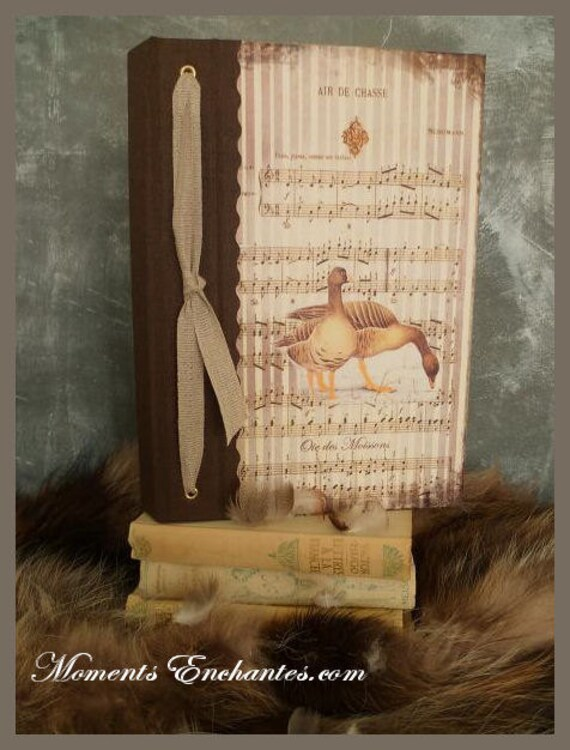 Hunting venery book very nice journal write in French  vintage pictures Goose of the harvests