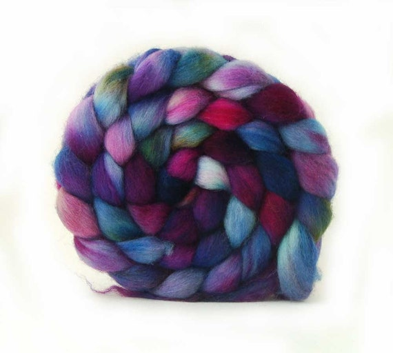 TdF SALE merino top ALIEN NATION roving handpainted 5.7oz