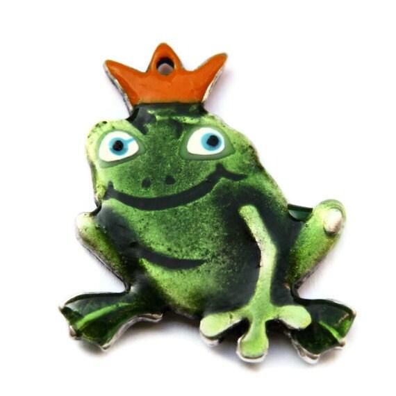 Large Prince Frog Pendant 35x48mm -  P 30 001