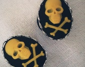 00g 10mm Plugs Yellow Jolly Roger Gothic Cameo Rococo Victorian Mourning Macabre Pirate Horror Corporate Goth Dark