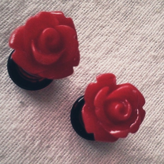 2g 6mm Bright Red Roses Flower Plugs for Stretched Ears Decora Kawaii Kitsch Floral