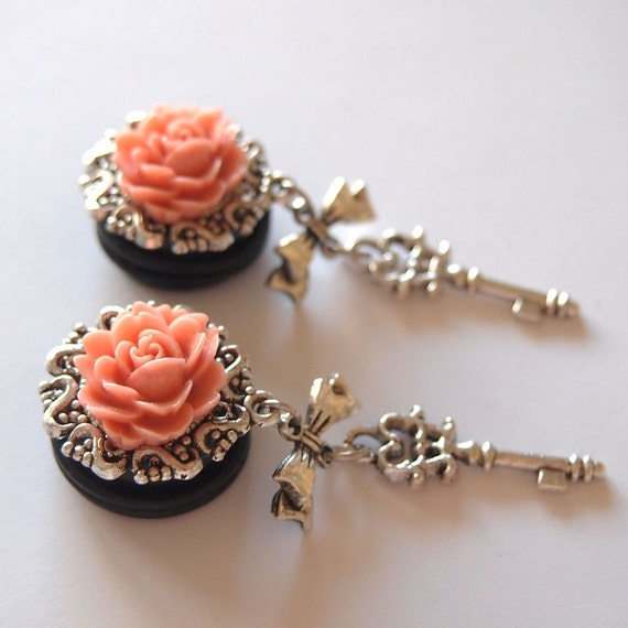 Plugs 3/4 inch 19mm Blush Skeleton Key Dangly for Stretched Ears