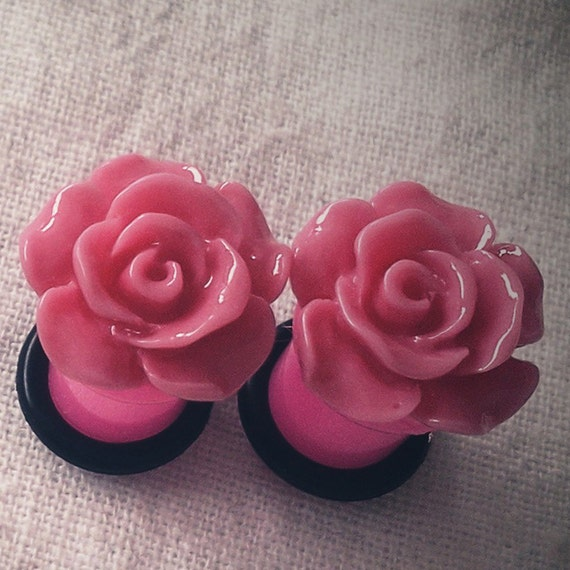 0g 8mm Pink Ruffle Rose Plugs Flower Acrylic gauge piercing streched lobes body art chic fun fashion kawaii
