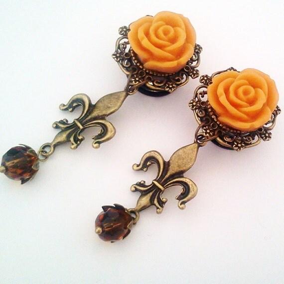 9/16 inch 14mm Caramel Fleur De Lis Dangly Rose Plugs for Stretched ears - EGL Sweet Street Fashion Unique