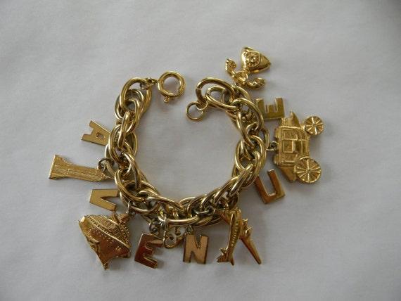 BRACELET, 5th Avenue Charm Bracelet