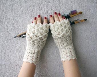 Fingerless gloves, Hand warmers, Handwarmers, Knitted Arm warmers, pure wool white, Crochet wrist warmers Wedding gloves, Bridal gloves