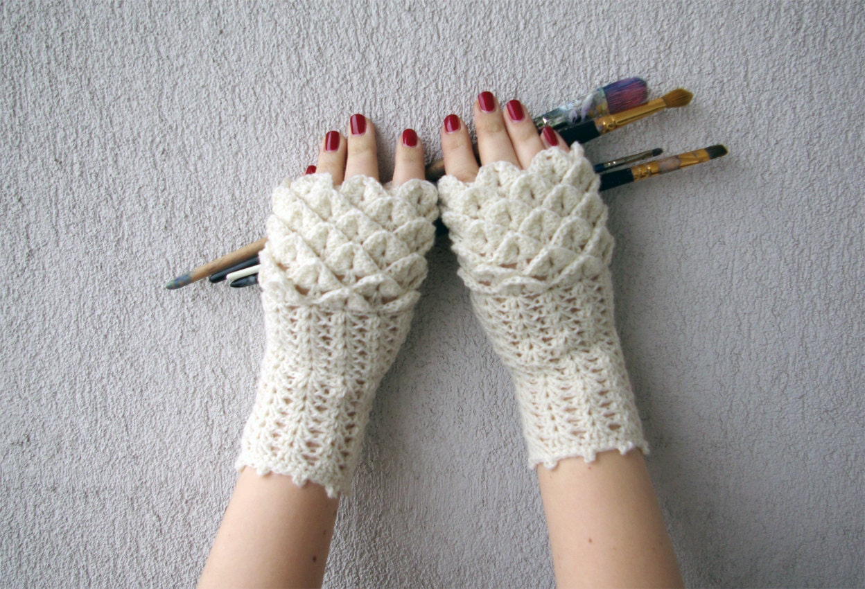 Dragon Gloves Knitting Pattern : Fingerless gloves Hand warmers Handwarmers Knitted Arm
