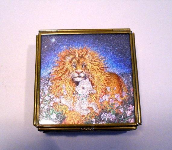 A Richard Jesse Watson Treasury Trinket Box with Lamb and Lion