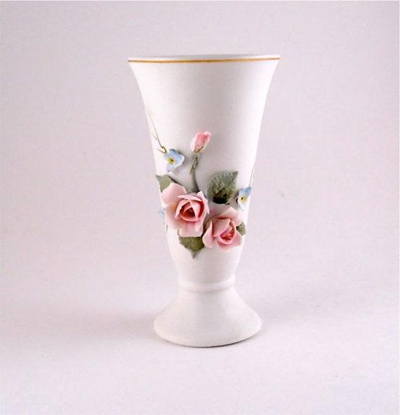 Lefton Vase with Pink roses Japan, Porcelain Vase