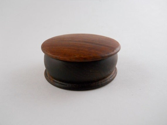 Sweet Brown Round Treasure Trinket Ring Keepsake Box