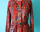SALE // Vintage 70s Red Folk Top / Floral Tie Waist Blouse / Pretty Peplum (S-M)